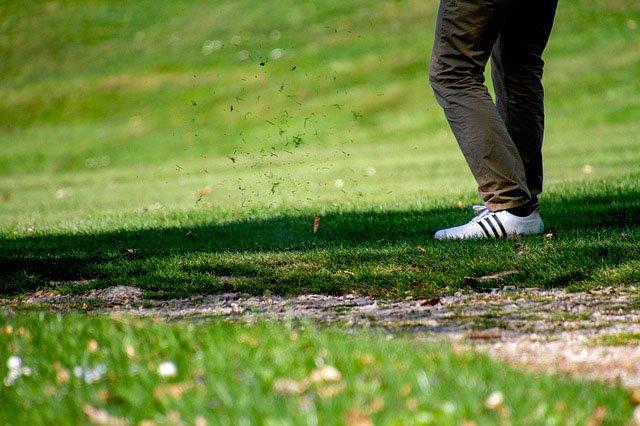 elegir campo de golf o pitch and putt