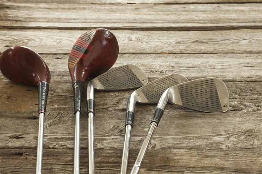 """Este tipo de palo de golf denominado como """"Maderas"""", se utiliza principalmente para realizar golpes más duros y que la bola pueda recorrer mucha más distancia, ya que maximiza su velocidad en toda su esplendor."""